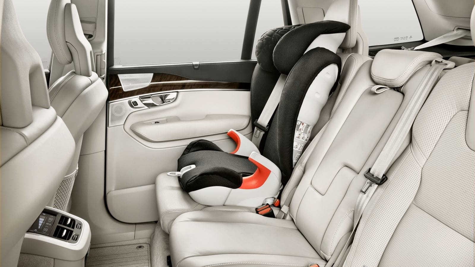 New-2021-Volvo-XC90