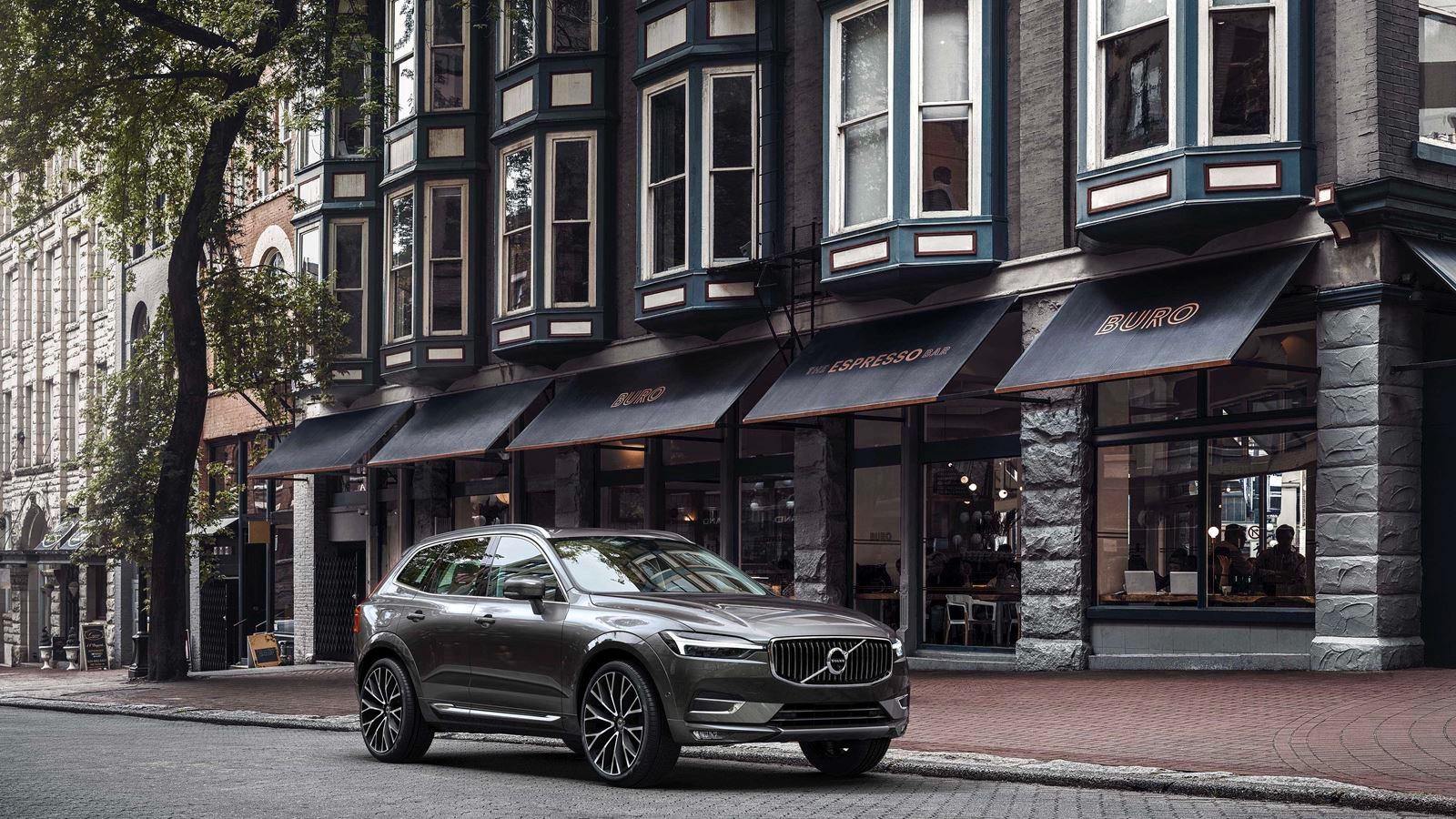 New-2020-Volvo-XC60-T5-AWD-Momentum