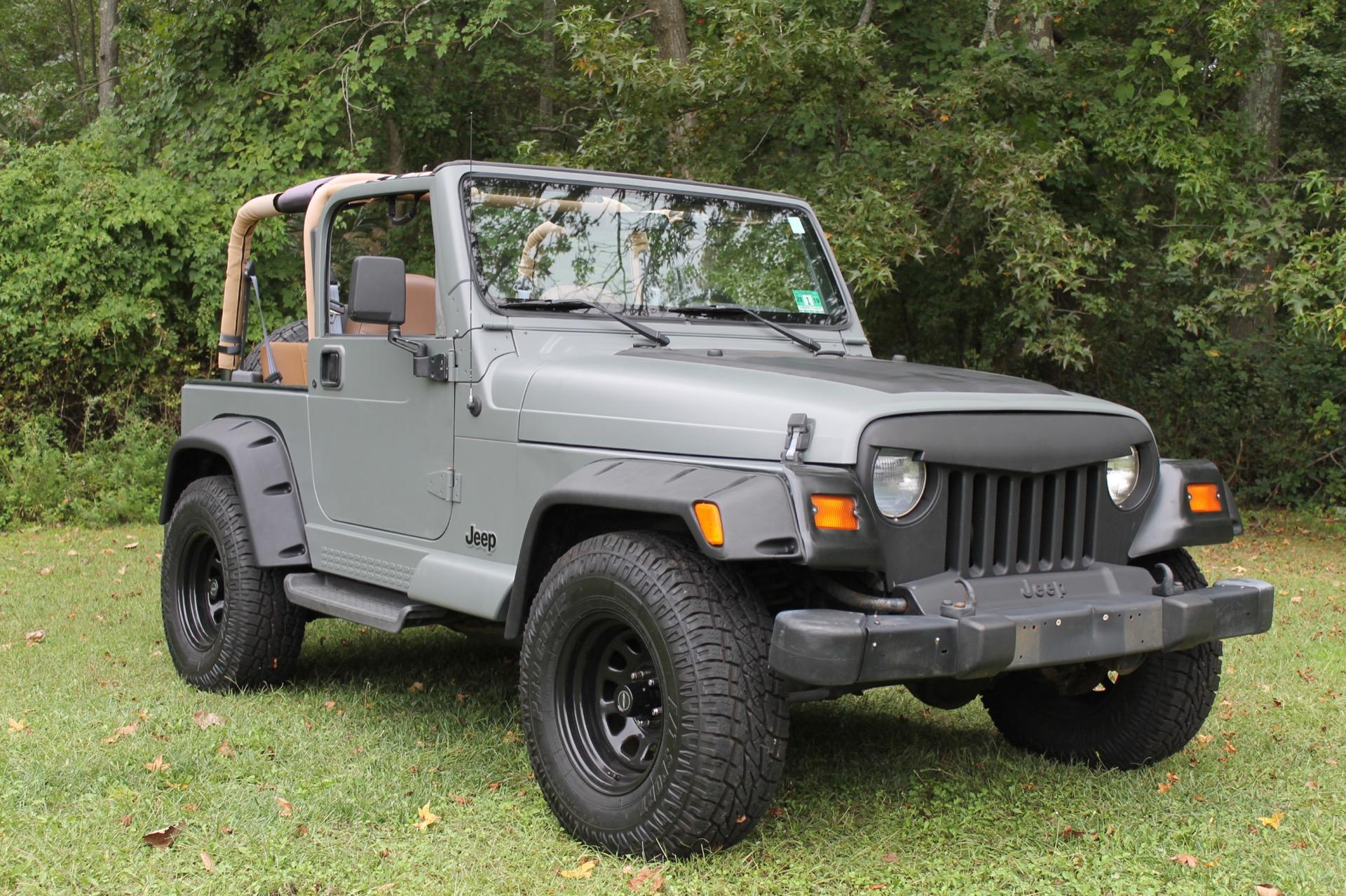 Used-1998-Jeep-Wrangler-Sahara