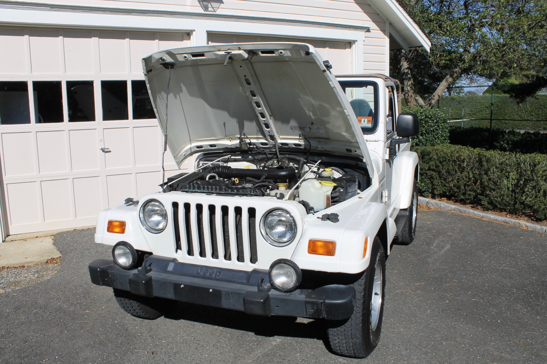 Used-1999-Jeep-Wrangler-Automatic-Sahara