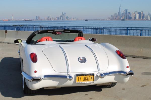 Used-1958-Chevrolet-Corvette-Retrovette-built-by-Classic-Reflection-Coachworks