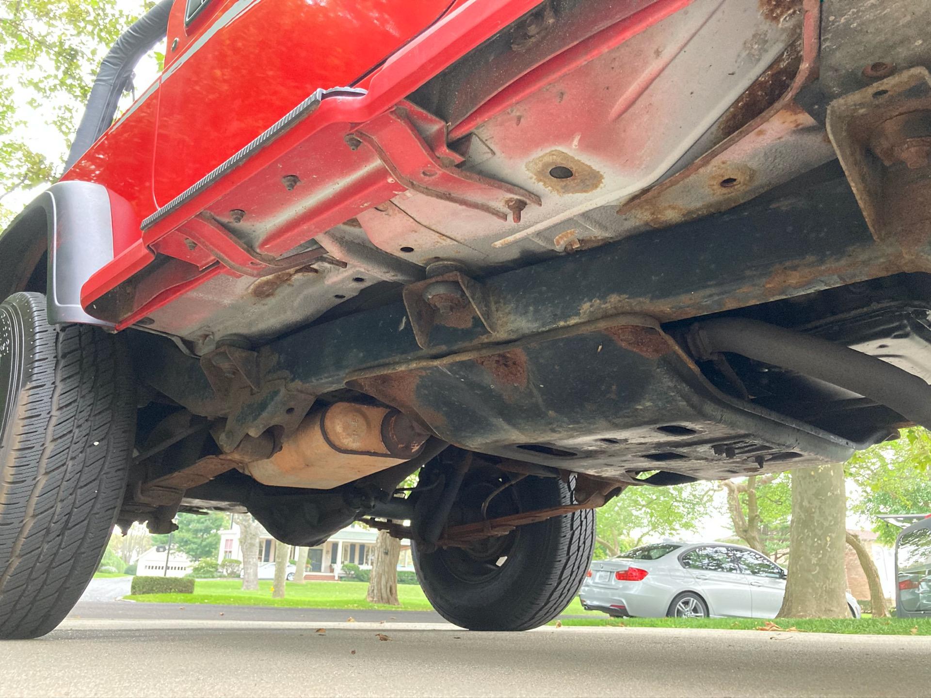 Used-1995-Jeep-Wrangler-Splash-Edition-SE