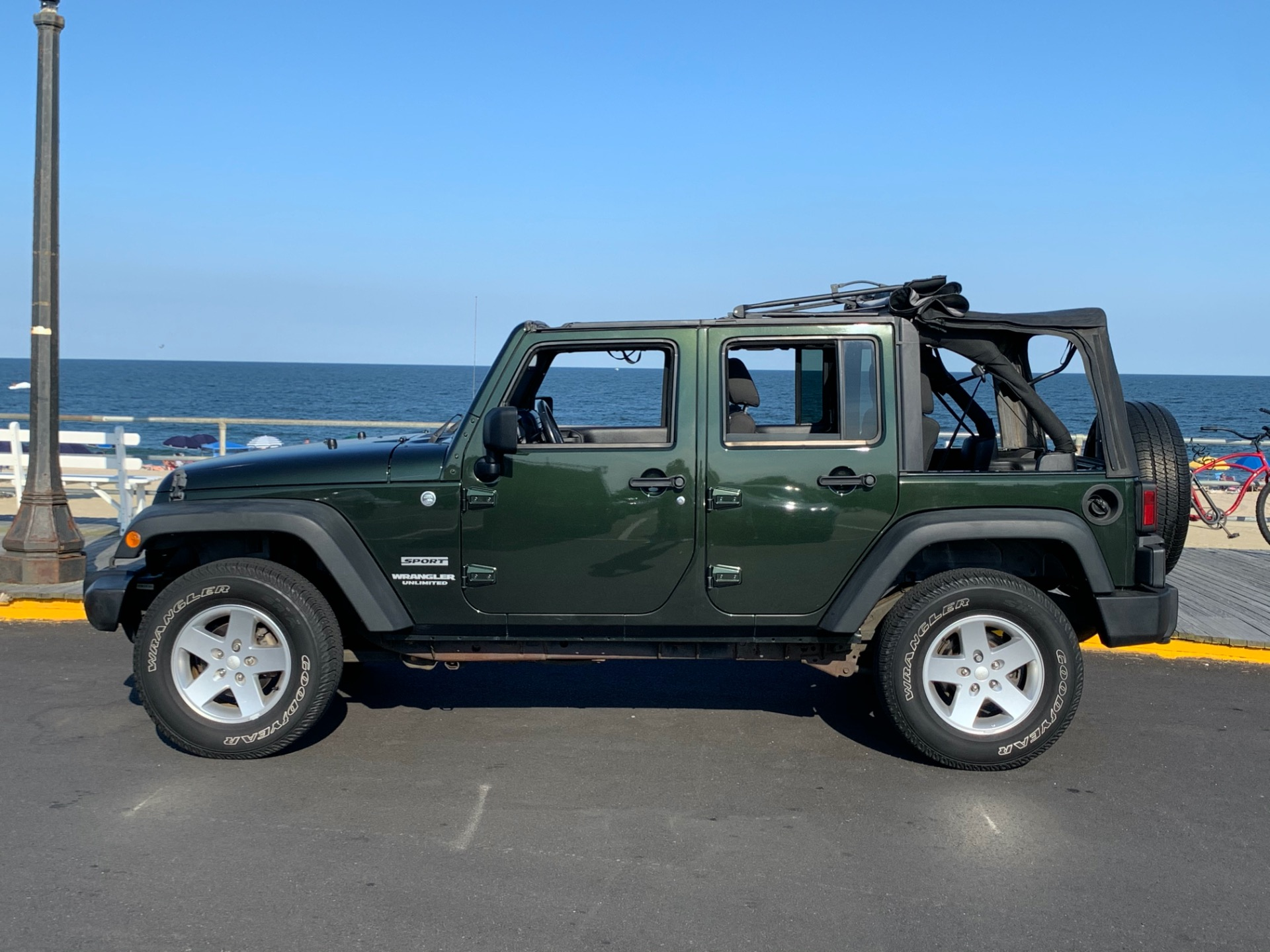 Used-2011-Jeep-Wrangler-Unlimited-Sport