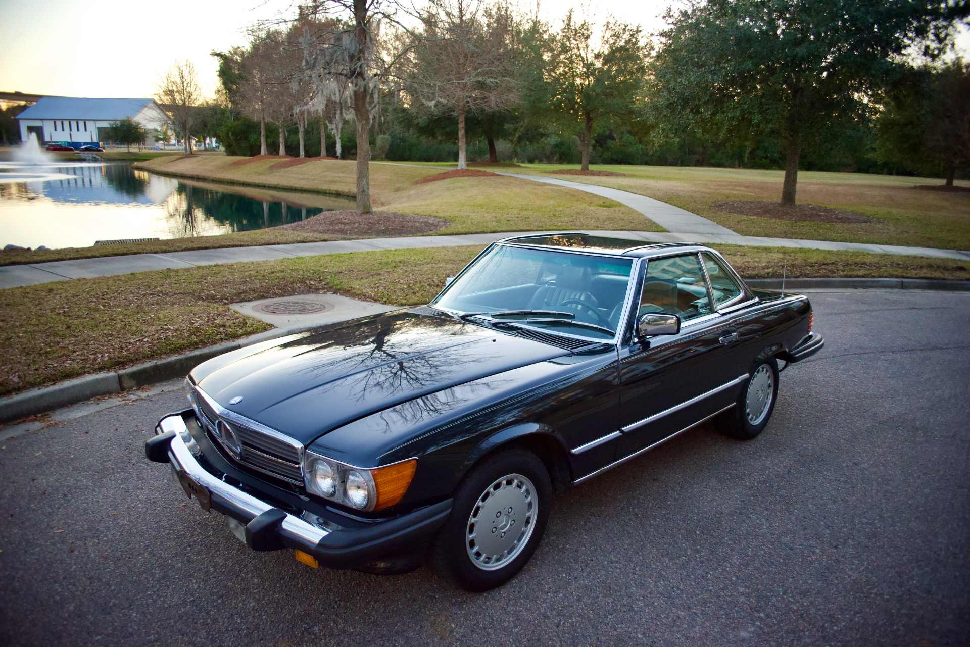 Used-1987-Mercedes-Benz-560SL-560-SL