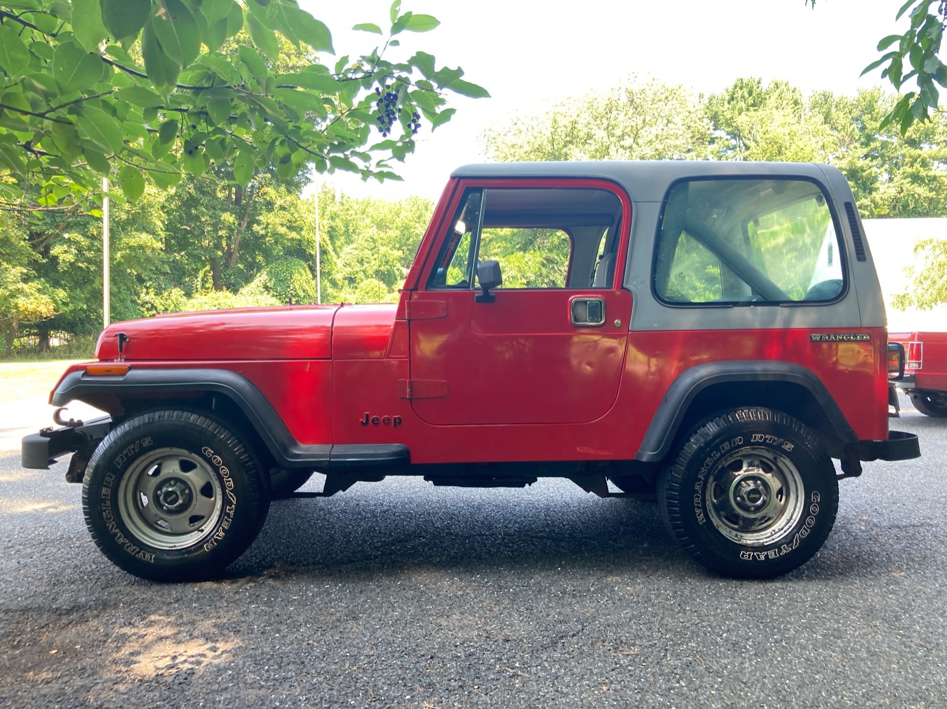 Used-1989-Jeep-Wrangler